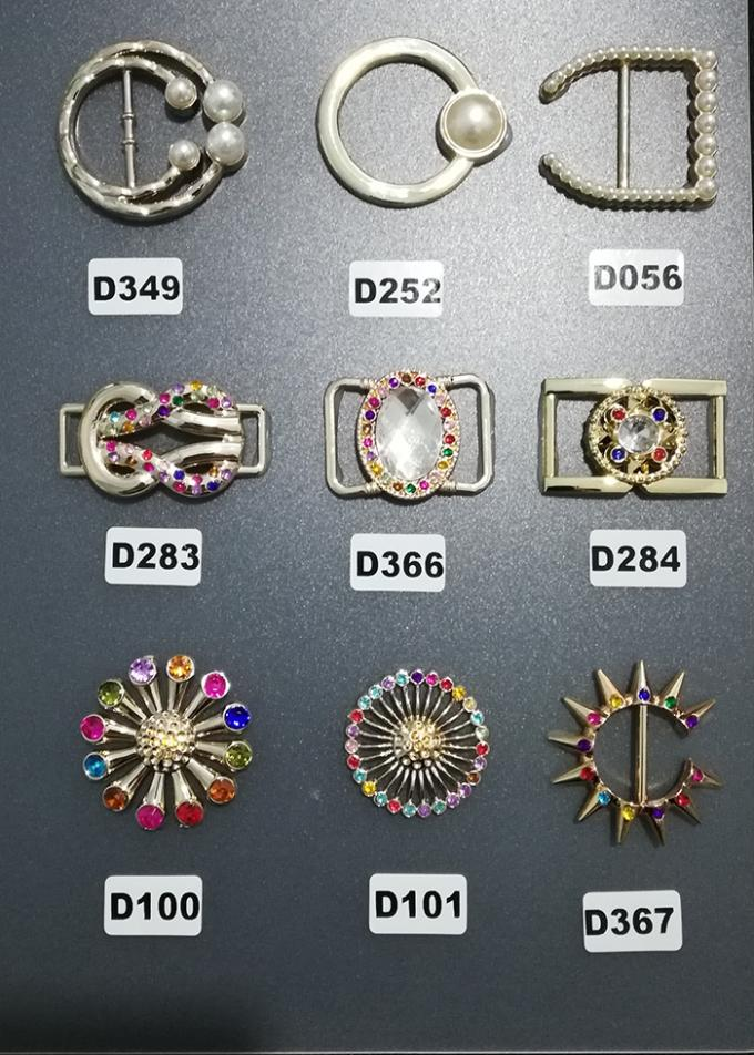 Colorful Antique Customized Plastic Shoe Buckles For Gifts Shoe , Eco Friendly,Good Quality