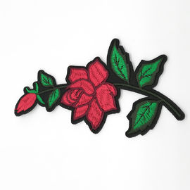 China Clothing Appliques Flower Embroidery Patches 100% Polyester Material Delicate supplier