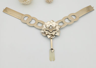China Y Shape TPU Upper Flower Plated With Pearl For Women Sandals Fashion Style supplier