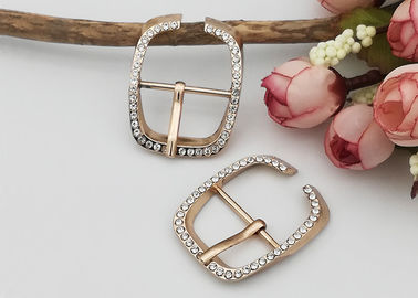 China Simple Structure Decorative Shoe Buckles Corrosion Resistance Gold Color distributor